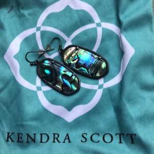 KENDRA SCOTT iridescent abalone earrings